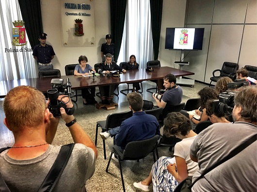 Violenza sessuale, 4 stagiste abusate