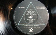 The Dark Side Of The Moon dei Pink Floyd è il vinile più acquistato del 2017