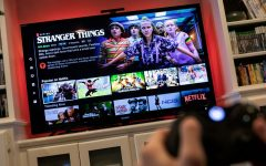 Here for the holidays: su Netflix arriva la programmazione natalizia. Qualche spunto per prepararsi alle serate festive in casa davanti a Pc o Tv