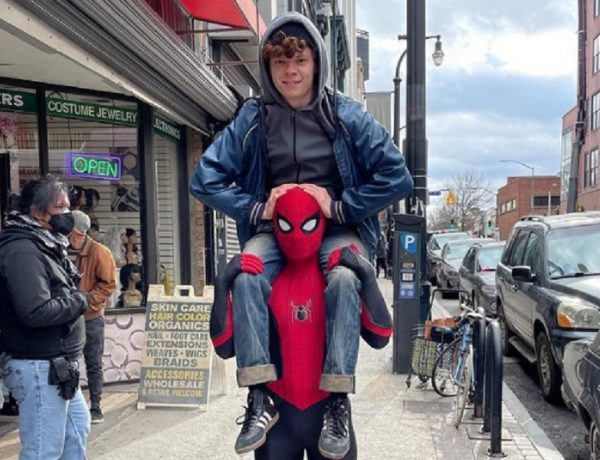 Spider-Man 3: Tom Holland con il fratello sul set
